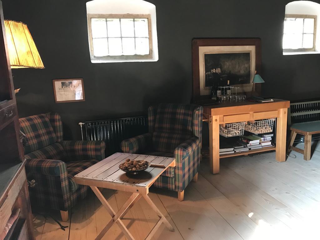 Fernruf 7 Extrazimmer Sessel